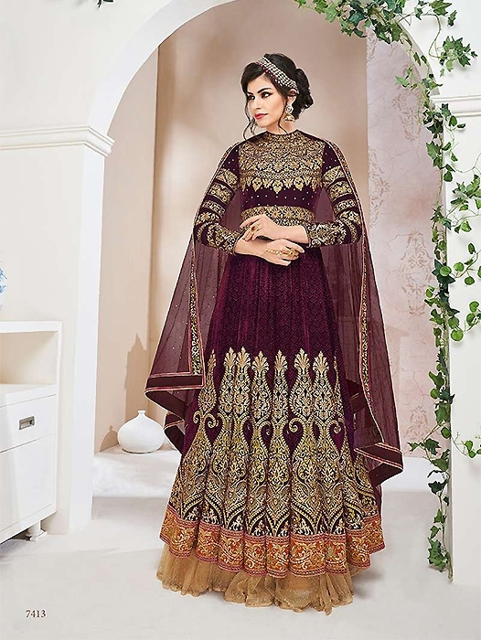 21dd62bdd9 bridal suits with heavy dupatta, bridal salwar suit collection, heavy suits  for marriage,